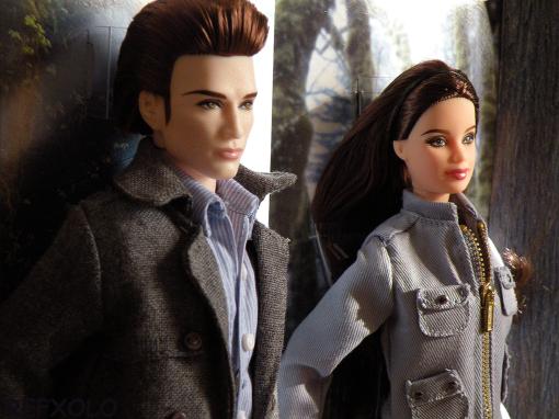 Edward Cullen and Bella Swan Twilight doll